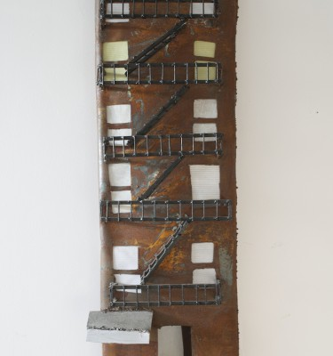 Apartment-Building-Sculpture